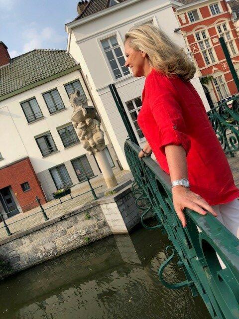 """Relatiecoach lanceert Gentse liefdesroute: """"Een lingeriezaak ligt jammer genoeg niet op de route, voor een eerste date is dat wat snel"""" – HLN"""